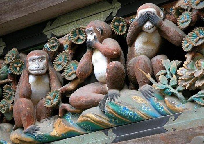 three-monkeys-nikko-photo-by-emil-Schuttenhelm (1)
